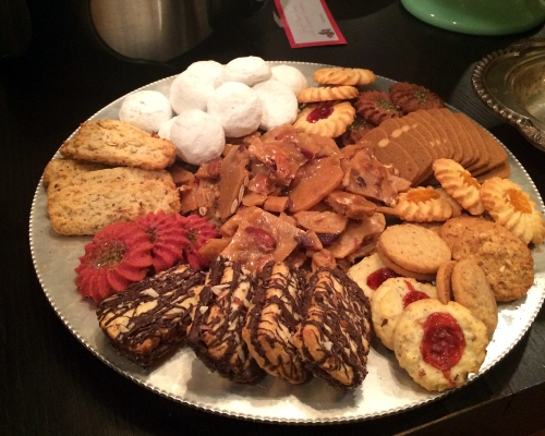 I didn't make any of these lovely cookies. Not a single one.